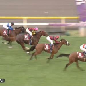 【競馬】府中牝馬Sは岩田騎乗のスカーレットカラーがV