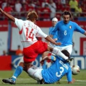 2002年日韓W杯 韓国対イタリア戦の誤審認める 元審判バイロン・モレノ氏