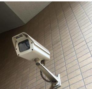 マンションの防犯カメラは、なぜレンタル契約が多いのか?