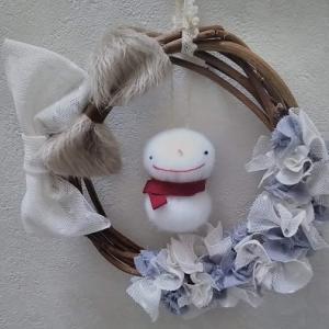 布花と雪だるまのリース