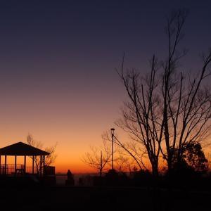 掬星台の夜明け
