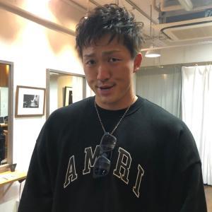 【画像】日本の4番・鈴木誠也さん、パーマをかける