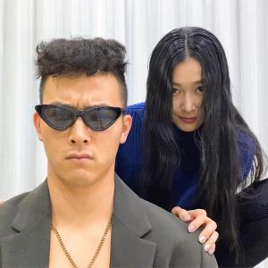 """【画像】カープ薮田さん、夫婦で""""戸愚呂兄弟""""になる【いい夫婦の日】"""