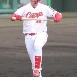 広島4番候補クロン 練習試合打率.091でもノープロブレム! 佐々岡監督「雰囲気を持っている」