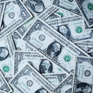 お金は、セルフイメージとリンクする