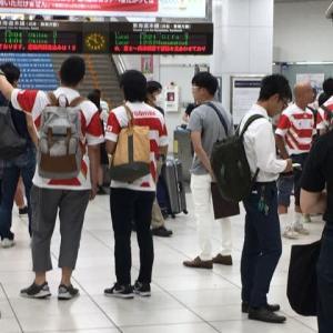 ラグビー観戦よね。静岡駅には赤白と緑のユニフォーム姿の方がいっぱい^_^