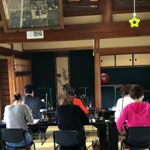『第2回大人の遠足~飛鳥編』開催しました③日本初の写経が行われた場所