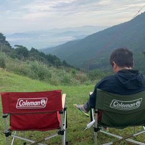 キャンプの朝は寒いー