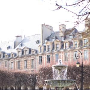 Parisより、新年のご挨拶