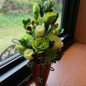 プリザーブドフラワーで作る素敵なお供えの花