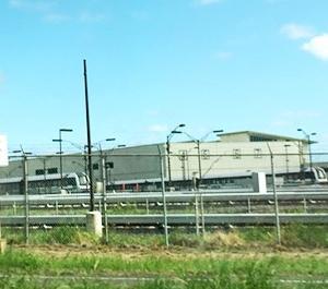 おおっ!今年走り出す電車発見!&ダウンタウンのアートイベント「スーパー・サタデー」♪&豆まきの