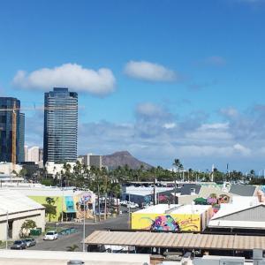 ハワイの観光業再開についての州知事のお考え&カカアコの素敵なお店&ハワイに〇〇〇を持参される方へ