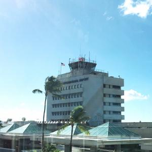 ハワイから本土行きの搭乗手続き&「何も手につかない」状態…&気分を上げるために行った所で