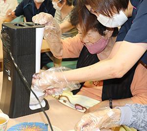 ―かき氷作り(夏祭り)―