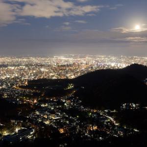 ブルームーン夜景