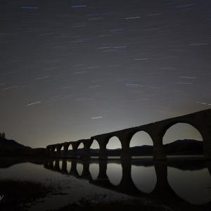 タウシュベツ川橋梁と星空
