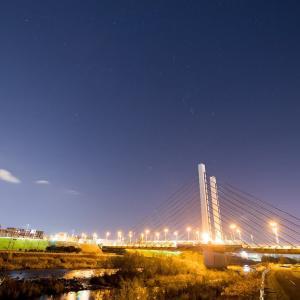 ミュンヘン大橋と冬の星座