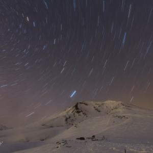 旭岳春の星空
