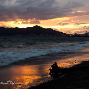 大森浜と函館山の夕景