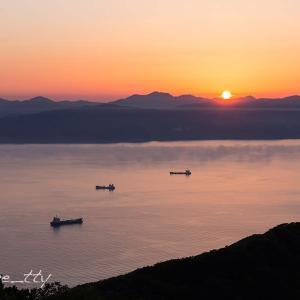 函館湾と夕陽