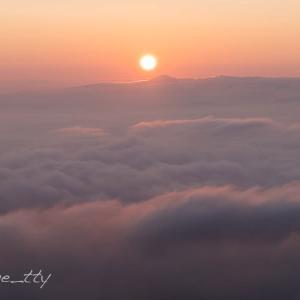 ニセコの雲海と日の出