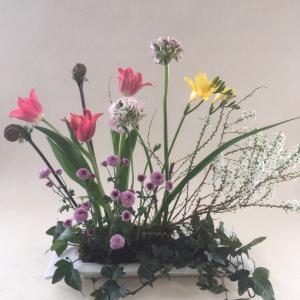 お花を変えてプレイスフラワー@マミフラワー