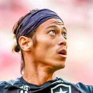 本田圭佑って叩かれてるけど、世界各国回るサッカー選手としての生き方って実際凄くね?