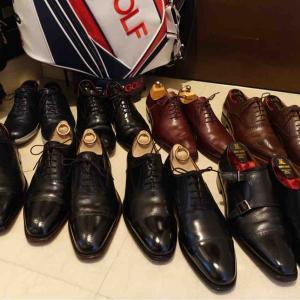 ☆自粛の休日は、一生懸命靴を磨いて