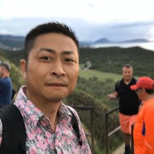 家族でハワイの山、ダイヤモンドヘッドに登ったよ。