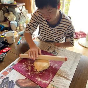 おうち時間:おやつ作り ☆ピザ作り☆