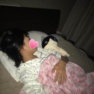 娘が一緒に寝るのはこの子。