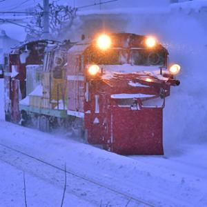 函館本線 臨時ラッセル 雪8165レ DE15 1535 2021.1.9