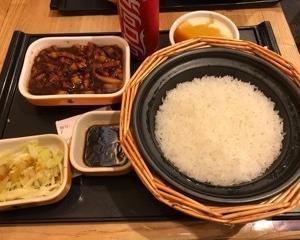 谷田稲香  魯肉飯セット