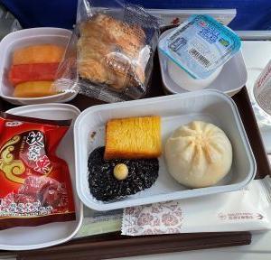 MU5151  上海虹橋→北京首都 A340  42L