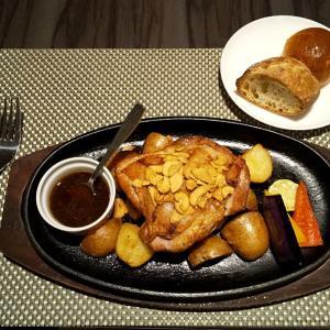 グリル道産鶏胸肉。