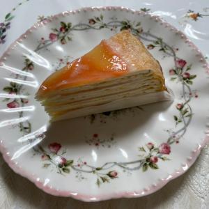 白桃のミルクレープ。