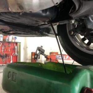 エンジンオイルの交換は1万キロで十分な気がします。