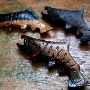 雄山女魚トラウトブローチ