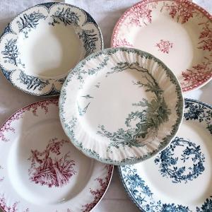*antique お待たせです!皿特集は小鳥三昧に花三昧~!