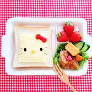 チーズで♡キティちゃんの食パンアート♥️