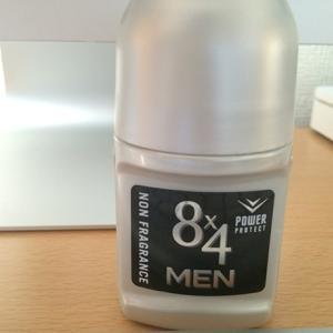 8×4(エイトフォー)メン ロールオンで脇汗と臭い対策
