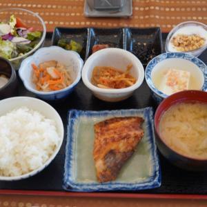 北軽井沢リーオ④朝食、お庭