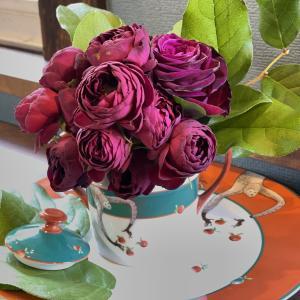 花があっても無くても……花瓶はアート!①