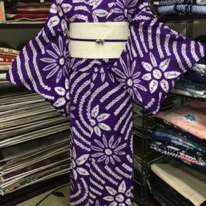 ステキな紫の有松絞りゆかたコーデ