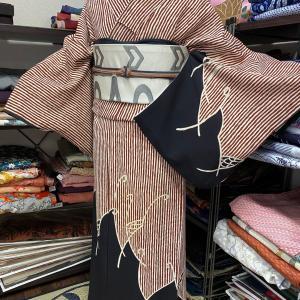 マロンカラーのアンティーク着物コーデ