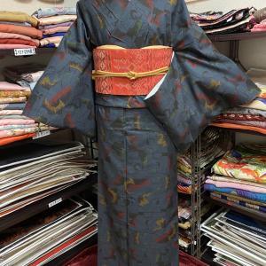 サイズある大島紬のカジュアルコーディネート