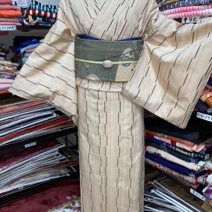 お手頃な単衣の紬で粋渋コーディネート