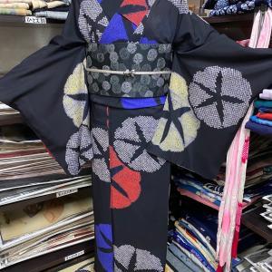 絞り朝顔模様の絽のアンティーク着物