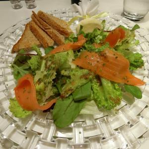 サーモンが美味しいお気に入りのカフェ@CAFE PRUNIER PARIS