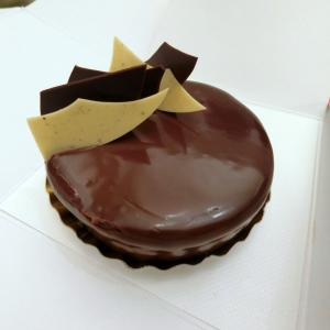 超濃厚!確かに「究極」だった重量級チョコレートタルト@ピエール・エルメ